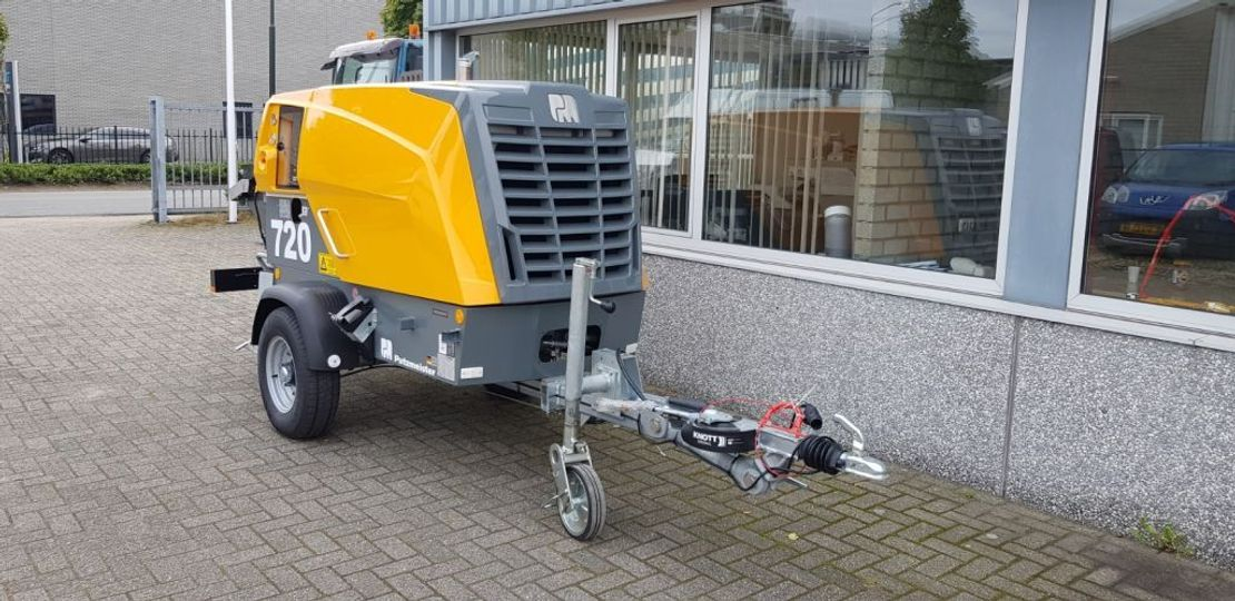 betonpomp vrachtwagen Putzmeister Nieuwe P720 (P715 / P718) 2021