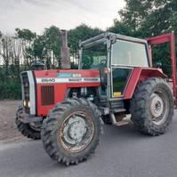 standaard tractor landbouw Massey Ferguson 2640. 4WD 1986