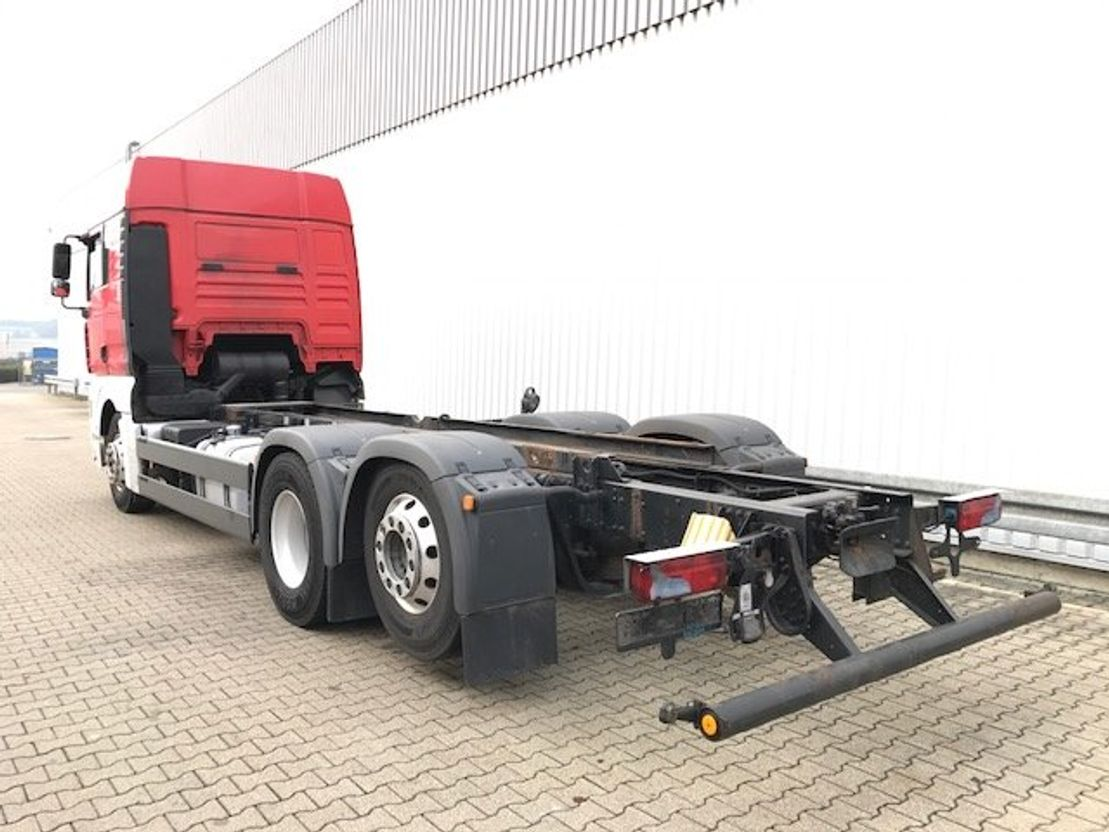 chassis cabine vrachtwagen MAN TGA 26 6x2-2BL TGA 26.440 6x2-2BL Autom./NSW 2008