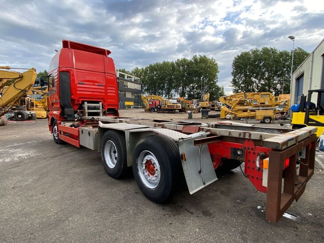 chassis cabine vrachtwagen MAN 26.480 TGA 6x2 Manuel Gearbox Chassis Good Condition 2004