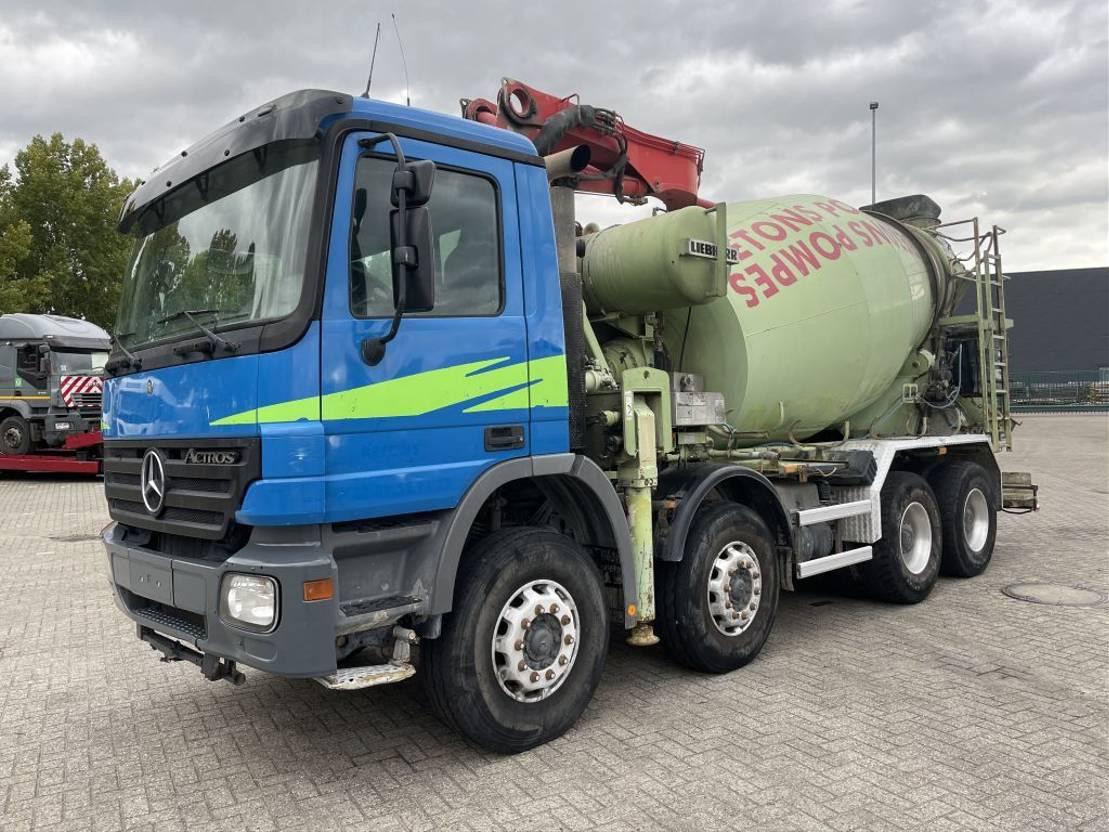 betonpomp vrachtwagen Mercedes-Benz Actros 3236 3236 2006