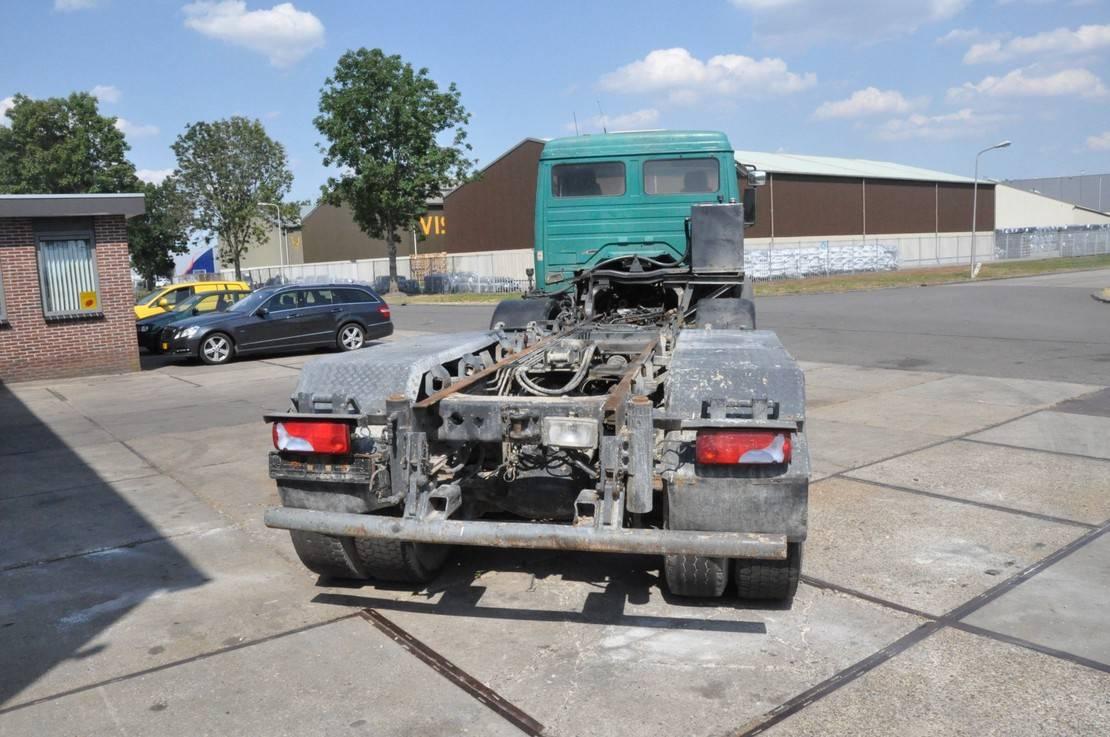 chassis cabine vrachtwagen Mercedes-Benz 3234 1996