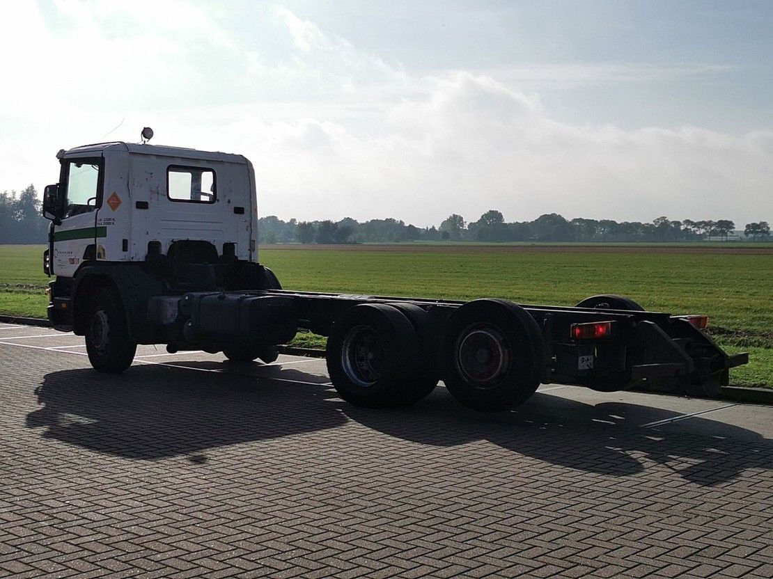chassis cabine vrachtwagen Scania P124 manual 2001