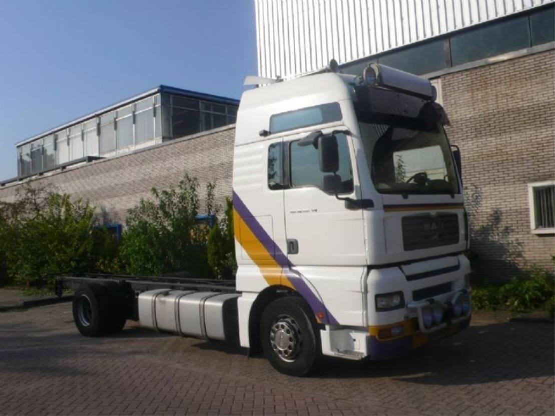 chassis cabine vrachtwagen MAN 18.410 FLLC / H09 2003