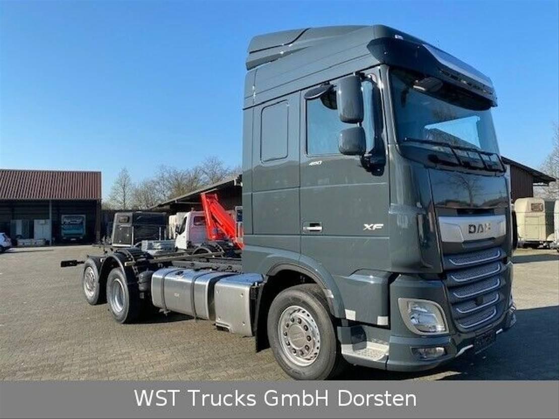 """chassis cabine vrachtwagen DAF XF 480 FAN """"Neu"""" SC Fahrgestell KW 50 2021"""