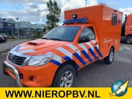 ambulance bedrijfswagen Toyota HILUX 4X4 AIRCO 18000KM AMBULANCE 2016
