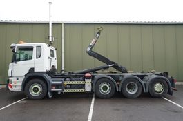 containersysteem vrachtwagen Scania P320 8X2 HOOKARM SYSTEM 318.000KM 3 PEDALS 2010