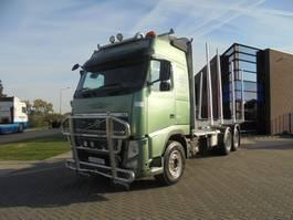 houttransporter vrachtwagen Volvo FH 13 Globetrotter / Wood Transport / Full Steel / Manual / 6x4 2011