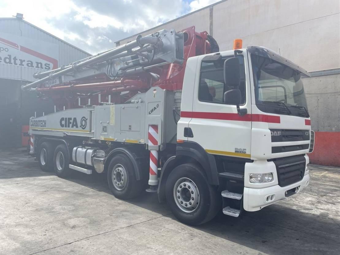 betonpomp vrachtwagen DAF CF 85 2012