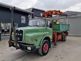 kipper vrachtwagen MAN 19.321 4x2  tipper  crane 1985