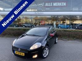 hatchback auto Fiat 1.4 GP (AIRCO - ML - LMV - RADIO/CD - MF LEDEREN STUURWIEL - ELECTR. RAM... 2009