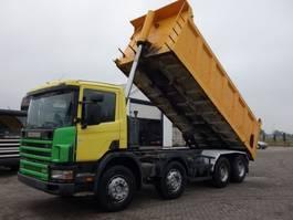 kipper vrachtwagen Scania P124 8X4 KIPPER 22 CUB 2000