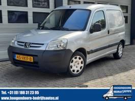gesloten bestelwagen Peugeot 1.6 HDI 90 pk Airco - Schuifdr - Trekhk 2007
